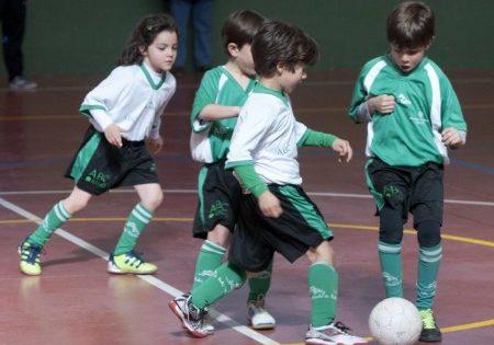 El fútbol mejora tus notas - ABCNClase  a00178d80d316