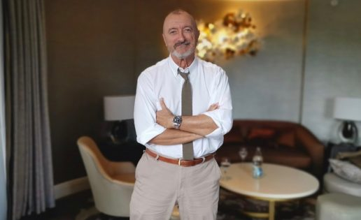 Entrevista a Arturo Pérez-Reverte