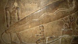 La electricidad y las pirámides: ¿Usaron los egipcios bombillas para construir sus templos?