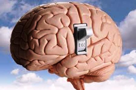 El insomnio mantiene más activo al cerebro también durante el día