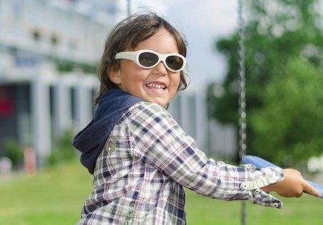 Gafas electrónicas, eficaces para tratar el ojo vago