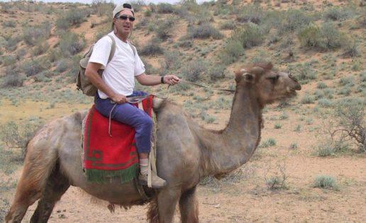 Viaje al silencio: una noche en el desierto uzbeko