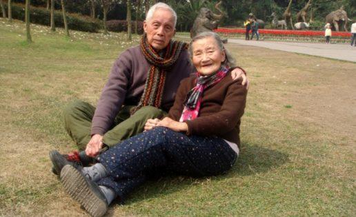 Ancianos recrean su boda 70 años después