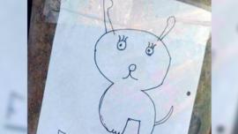 Dos niños perdieron a su perrita y al no tener foto, la dibujaron para buscarla
