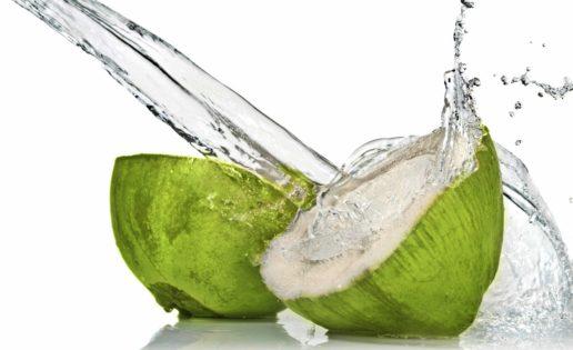 El poder del agua de coco