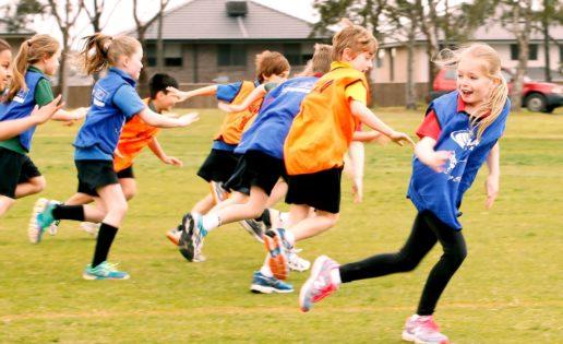 ¿Cómo debería ser el deporte durante la niñez y la adolescencia?