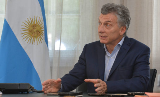 El gol de la pobreza argentina