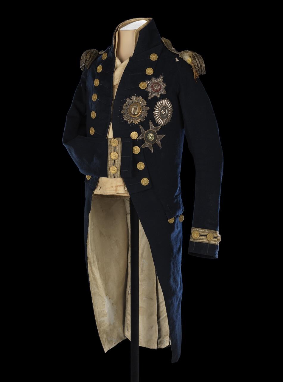 El azul índigo. Una historia de uniformes navales; Gieves&Hawkes ...