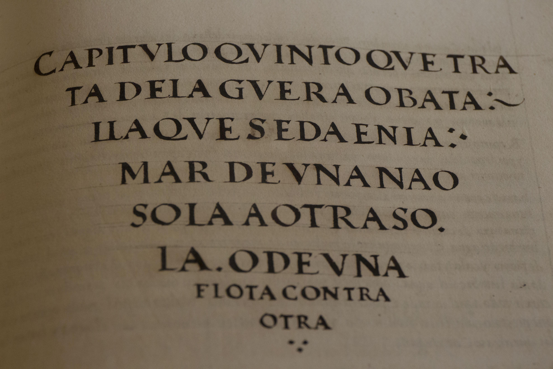 En el Portugal de los reyes navegantes, por desvelar este tipo de secretos  se castigaba con una muerte atroz, que procuraba el coser los labios y los  ojos.