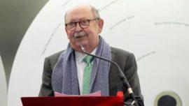 En la muerte de Cristino Álvarez, maestro y amigo