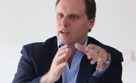 Daniel Lacalle: «En España hay una fiscalidad que penaliza el crecimiento»
