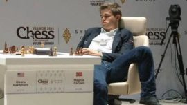 Las posturas de Magnus Carlsen
