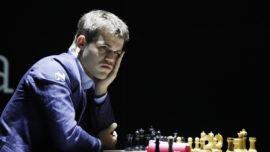 Magnus Carlsen cambia de marcha: sigue el empate