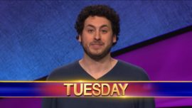 El jugador de póker Alex Jacob triunfa en el concurso de TV «Jeopardy»