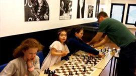 Una niña de seis años humilla al gran maestro Simen Agdestein