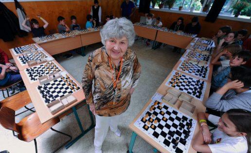 Una superabuela de 87 años supera el récord de Capablanca