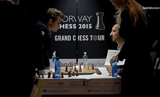 Dramática derrota de Carlsen por no conocer el reglamento