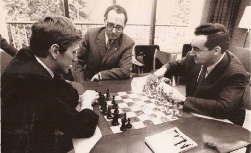 Muere Mark Taimanov, el maestro al que Fischer envió al infierno