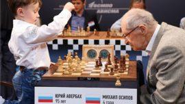 El gran maestro más viejo del mundo, contra el jugador más joven