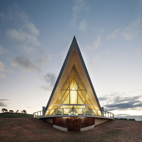 The-National-Arboretum-Canberra-by-Taylor-Cullity-Lethlean-and-Tonkin-Zulaikha-Greer-Architects_dezeen_1sq