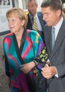 Merkel y su kimono