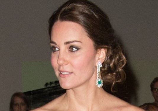 Kate-Middleton-Up-Do-Hairstyle-New-York-December-2014
