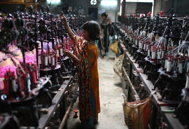 child-works-textile-factory-bangladesh