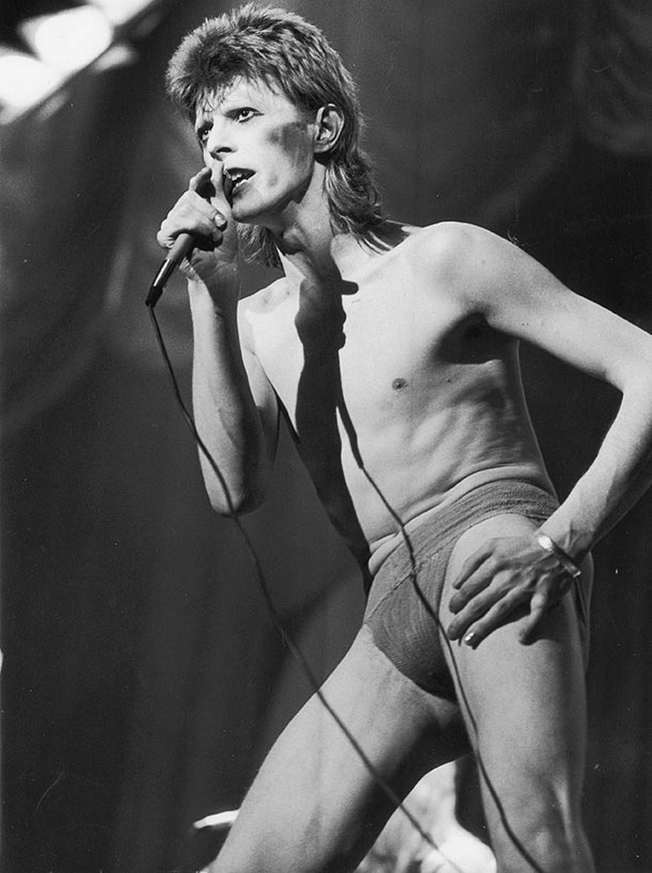 image-1-for-david-bowie-add-gallery-132204884