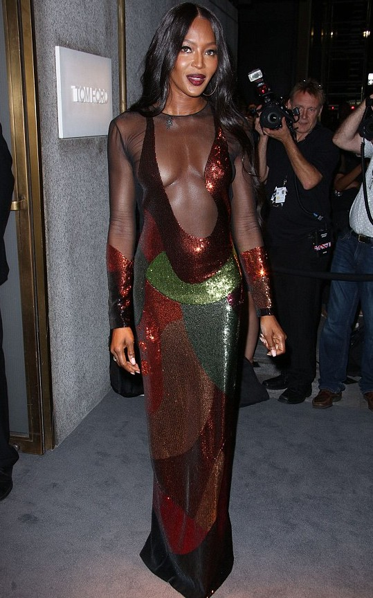 380ADB9F00000578-3779035-Star_studded_event_Naomi_Campbell_attended_Tom_Ford_s_fashion_sh-m-102_1473300296256