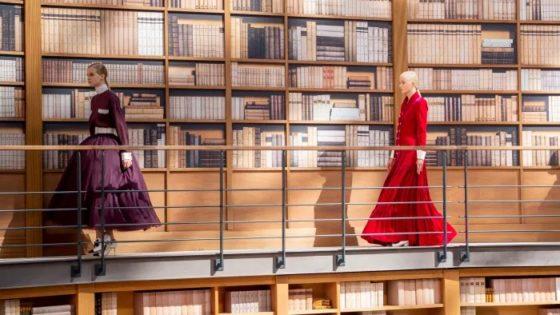 """Virginie Viard se """"estrena"""" en solitario en Chanel"""