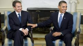 Cuando Zapatero maniobró para ser recibido por Obama antes que el Rey
