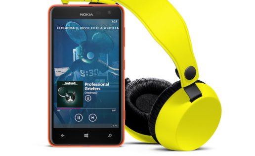 Nokia presenta en sociedad el smartphone Lumia 625