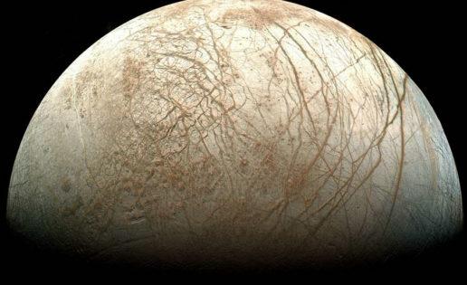 La NASA pide ideas para una misión a la luna Europa