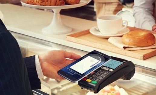 Samsung se lanza a la conquista de los pagos móviles desde España