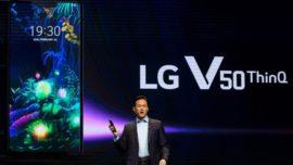 LG presenta el V50, un teléfono con dos pantallas, y el LG G8 que se maneja con gestos