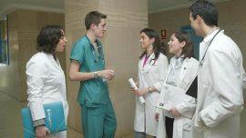 Demostrado: los nuevos médicos envejecen seis veces más deprisa durante su primer año de MIR