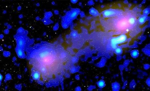 Hallan un misterioso «puente» de ondas de radio entre dos lejanos cúmulos de galaxias