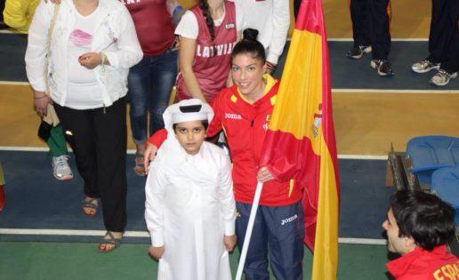 Qatar prohíbe a las atletas correr en top y mallas cortas