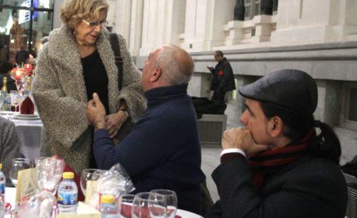 """Manuela Carmena y el """"show"""" de la caridad"""