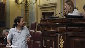 Iglesias cree que el Parlamento es un circo, Pastor le frena