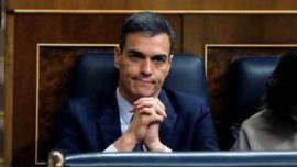 Pedro Sánchez, fin de la aventura o huida hacia adelante