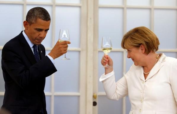 Cómo Sujetar Una Copa De Vino Sin Ser Obama