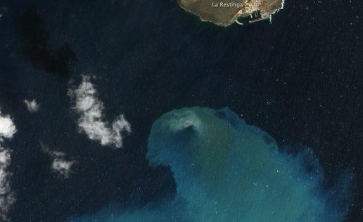 El volcán de El Hierro, foto del año 2012 de la NASA