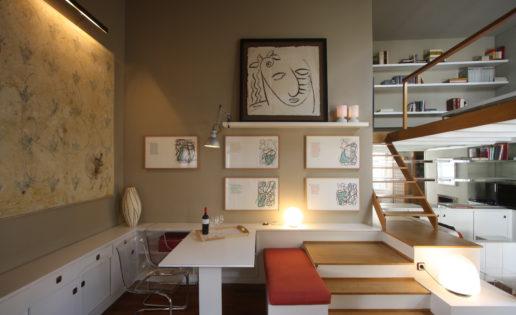 Alquilan piso con 22 obras de arte colgadas de las paredes