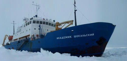 El rescate de un barco en la Antártida, contado en directo en las redes sociales