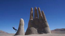 La acrobática carrera de Chris: recorre Suramérica en tres minutos y medio