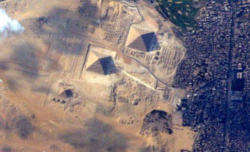 Así se ven las pirámides de Egipto desde el espacio