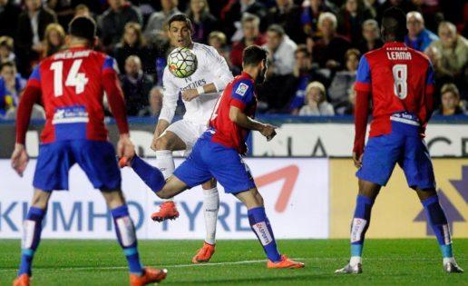 Cristiano Ronaldo nunca falta a la cita ante el Levante en el Ciutat de Valencia