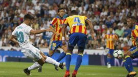 Ante el Valencia en 13 años, el Real Madrid sacó más puntos en Mestalla que en el Bernabéu