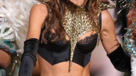 Miranda Kerr pasa de modelo de Victoria's Secret a modelo de uniformes de azafata